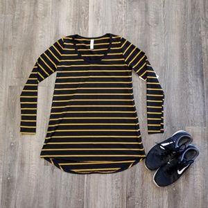 *NWT* LulaRoe Striped Lynnae